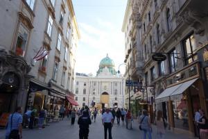 Kohlmarkt_mit Blick auf den Michaelaplatz