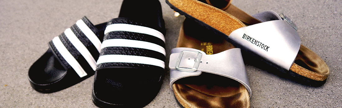 Der style check birkenstock vs adilette im direkten duell for Schuhschrank yvonne