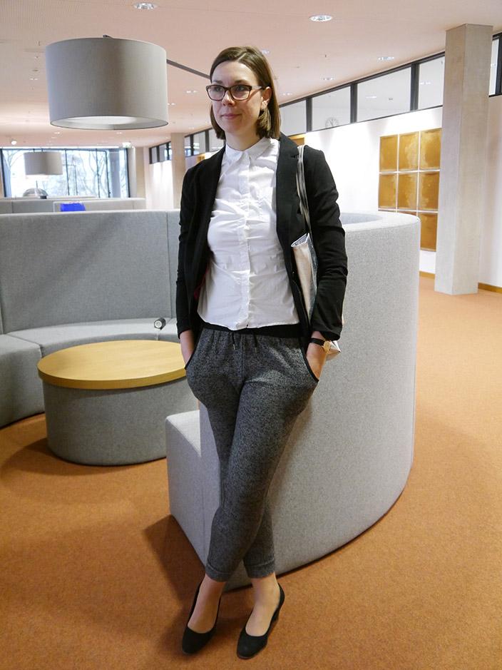 Jogpants_Styling_Tipp_3x-anders gestylt_Büro_Look