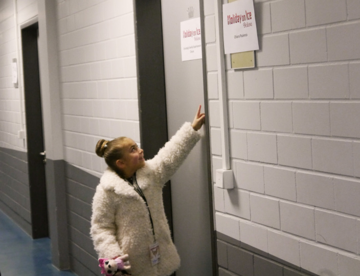 holiday_on_ice-backstage_3