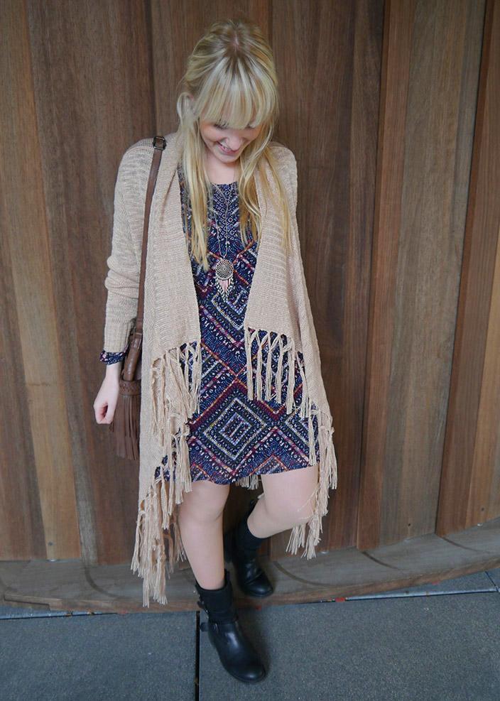 Lasst_euch_inspirieren – Der_ Bohemian_Style_Kleid_und_Strickjacke