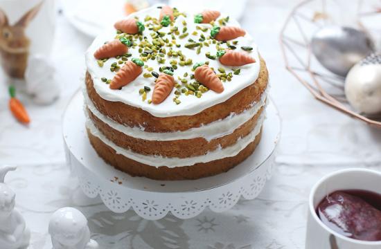 Rüblitorte, Rüblikuchen, Möhrentorte, Möhrenkuchen, Naked Cake, Backen, Rezept, Ostern, Backen für Ostern