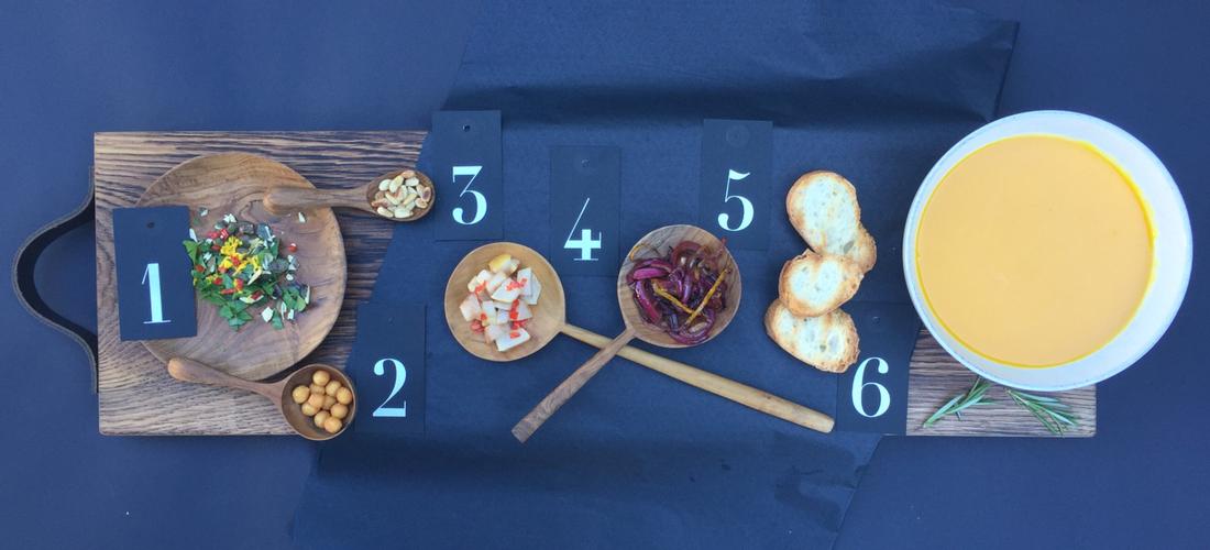Einfache Kürbissuppe, Hokkaido Kürbissuppe, Suppeneinlage, Suppen Topping, Suppenbuffet, Party Buffet