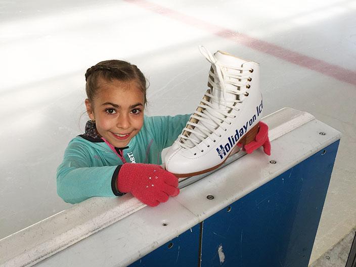 Holiday on Ice, Eisprinz gesucht, Nachwuchsläufer, Eiskunstlauf, Ernsting's family, Eislauf Talent, MArina Kielmann, Chiara Pazienza