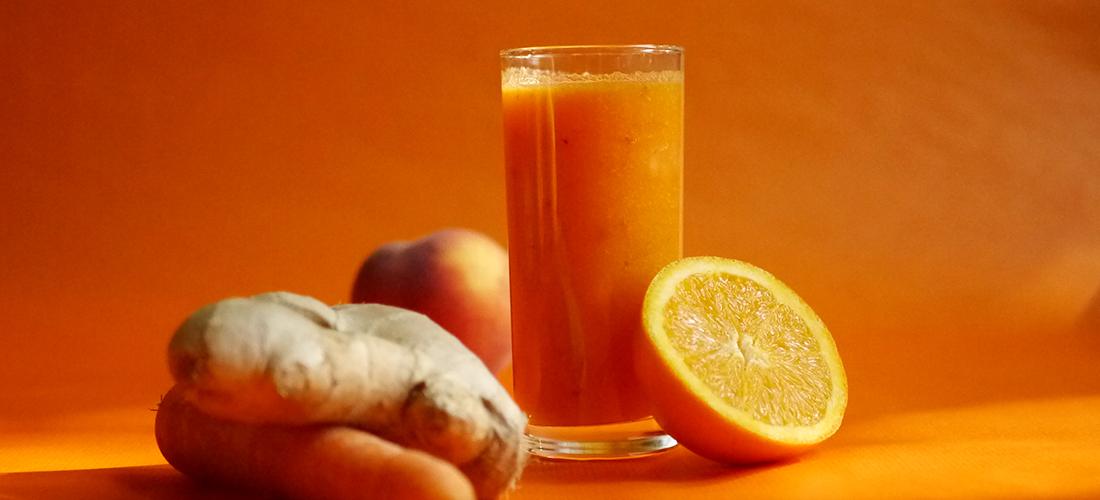 einfache Smoothie-Rezepte, Smoothie to go, AEG Mixer, Smoothie, Smoothies, Rezept, Karotten-Ingwer-Drink