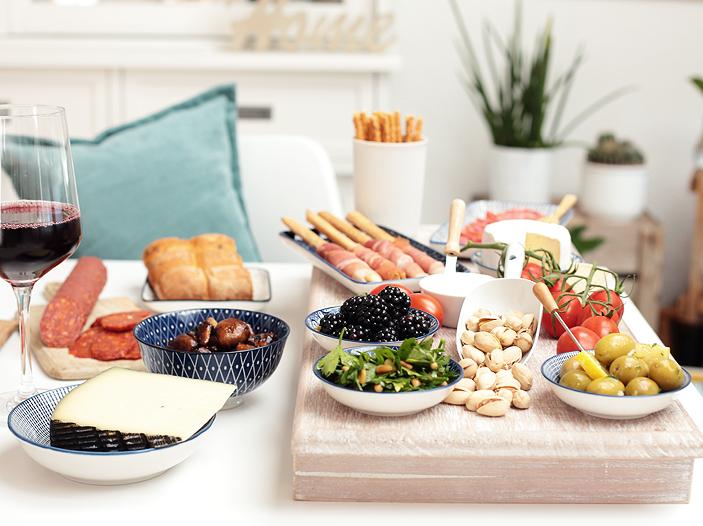 Antipasti, marinierte Champignons, Petersiliensalat, eingelegte Oliven, Rezept, Sommer