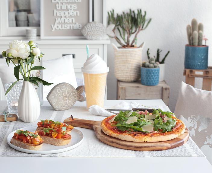 Antipasti-Gerichte, Bruschetta, Pizza Parma